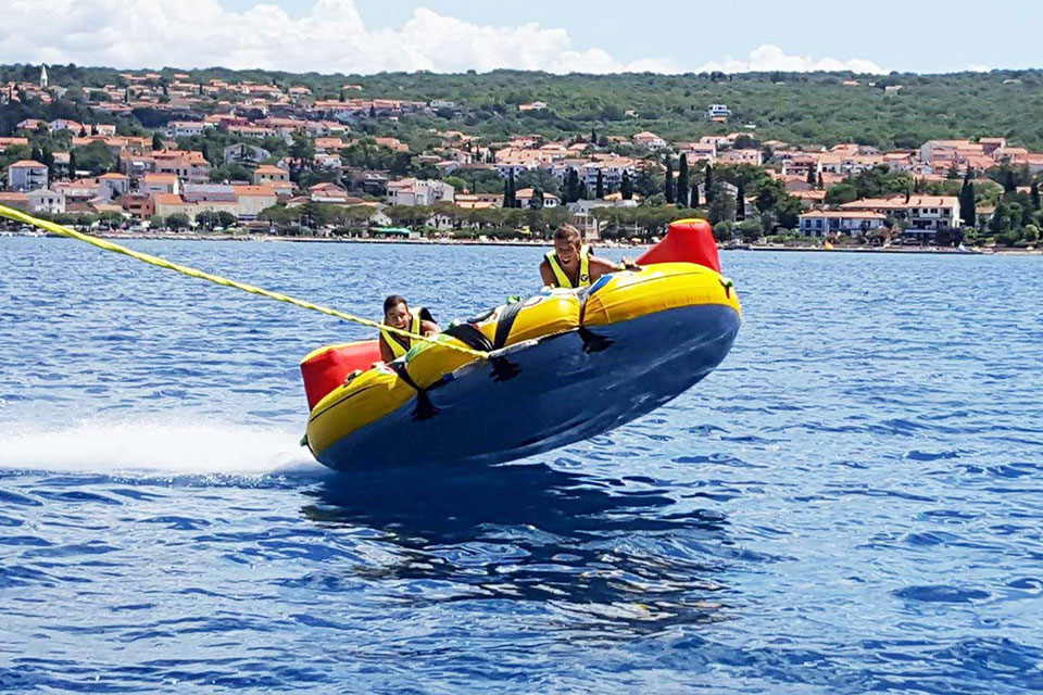 Rent tub and sofas - water sports Krk